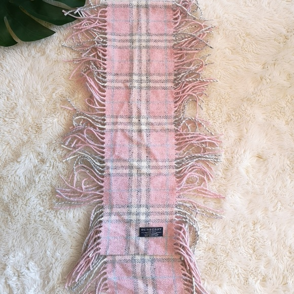 Authentic pink Burberry wool scarf